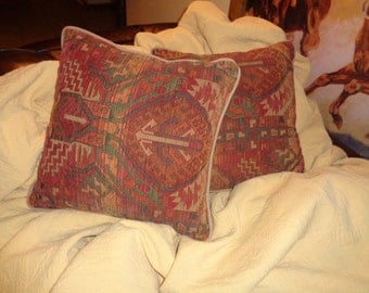 Vintage Southwestern Style Tapestry Design Pillows  in Very Good Condition in a warm, well woven, golden red, orange and teal color  palette