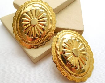 Retro Vintage 80s Chunky Gold Southwestern Cowgirl Stamped Metal Earrings BB19