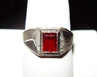 Red Stone Ring 18KT HGE Silver Plated Emerald Cut Signed Sz 8 Valentines Vintage