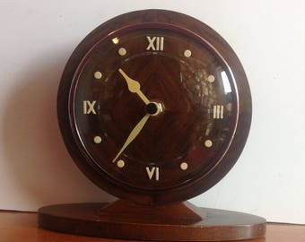 Metamec Vintage Mantel Shelf Clock - Small Battery Clock Recycled