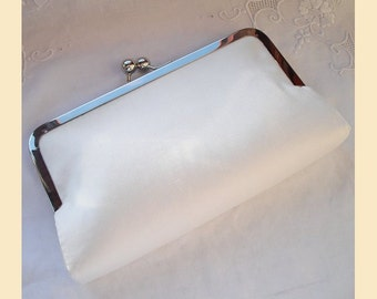 Wedding clutch bag, ivory silk clutch, ivory purse, bridal purse, silk purse, personalised clutch