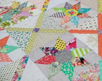 Florence Quilt Pattern by Jen Kingwell Designs
