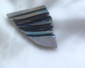 Vintage porcelain ceramic Iceland Icelandic design brooch pin clip