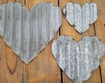 Set of 6+ Vintage Barn Tin Hearts/small/med/large/FREE SHIPPING