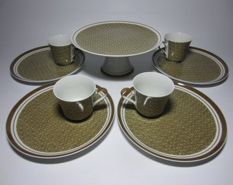 9 Piece Georges Briard Byzantine Geometric Box Design Bachelor Bachelorette China Set