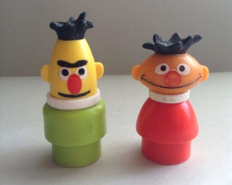 1972 Sesame Street Fisher Price figures, Ernie / Bert, original, collectible, 70s, Muppets inc., Little People, vintage toys, egst, Greece