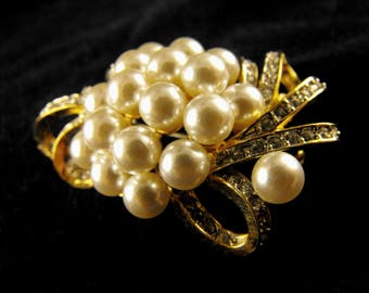 Pearl Cluster Brooch Pave Set Rhinestone Ribbons Quality Glass Costume Pearls Golden Rhodium Plated Metals
