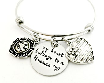 My Heart Belongs to a Fireman Expandable Bangle - Firefighter Bracelet - Firefighter Wife Girlfriend Fiance Gift - Fireman Bangle with Heart