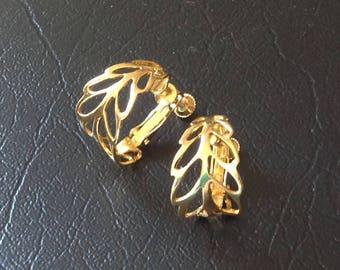 Vintage Napier gold toned  earrings