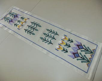RESERVED // Vintage Swedish hand embroidered table runner - flowers in cross stitch