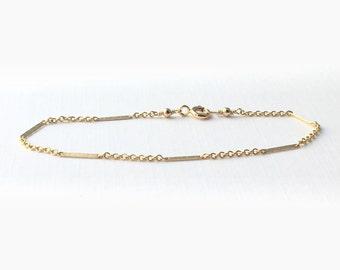 Dainty gold bracelet Gold filled - delicate gold filled bracelet - gold filled layering bracelet - dainty gold bracelet - gold layer bracele