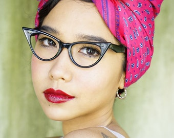 Vintage Eyeglass Cat eye glasses 1960's Ebony Toned  Very Cute