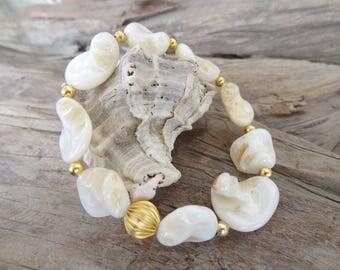 Wedding Bracelet,White Mother of Pearl Bracelet,Bridal Bracelet,Bridesmaid Gifts,Beach Bracelet,Gold Bracelet,Elegance Bracelet,Mother's Day