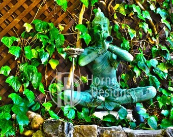 Vibrant Green Hindu Statue Canvas Photo on Canvas