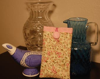 Padded Glasses Case in Soft Pink Print