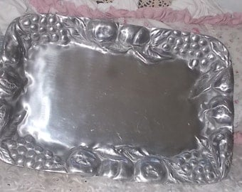Vintage Long Tray Grape, Fruit Vine Hecho en Mexico,Serving Tray, Holiday Tray, Pewter Tray, Vintage Serving Tray, Vintage Table Ware,