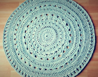 "45""/115cm Mint-Turquoise Crocheted Doily Rug"
