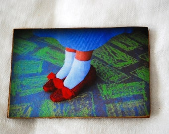 wood photo magnet, Ruby red slippers photo