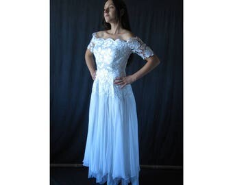 Vintage French Wedding dress sateen and guipure