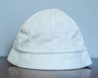 Baby summer hat - 6-12 months - bright white