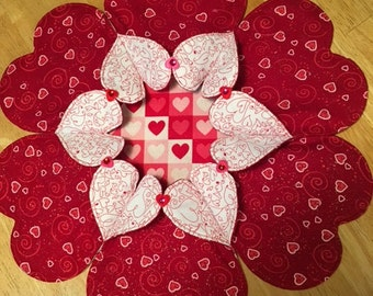 Heart to Heart Table Topper