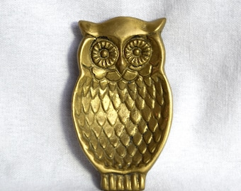 Vintage brass trinket dish...small owl shaped brass dish.
