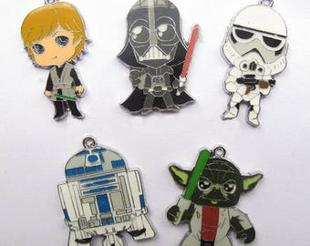 Adorable Star Wars Enamel Clip Charms, zipper pull, backpack, cell phone, purse clip, bracelet, necklace or scrapbooking.