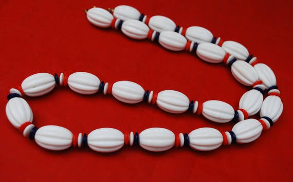 Crown Trifari bead Necklace -  Red White Blue Lucite Beads - Patriotic - Mid Century necklace