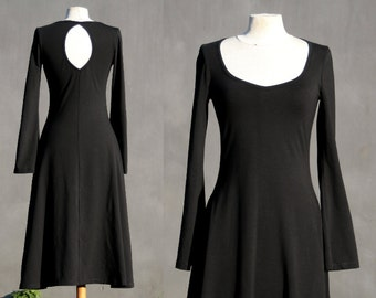 Organic black dress, keyhole, long trumpet sleeves, knee lenght, eco friendly woman, casual dress, solmode