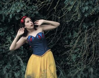 Snow White / Snow White (Disney adaptation)