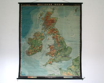 RARE. BRITISH ISLES. Vintage. Large Pull-down Chart. Poster. Map. 1962. (709)