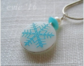 Pyrex Pendant in Blue Snowflake Fashioned from Vintage Pyrex Shard (E129)