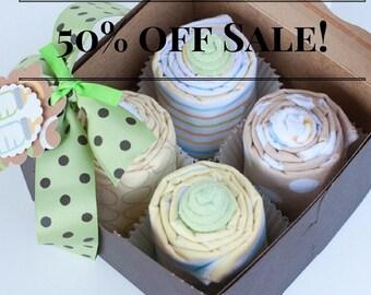 ON SALE -Gender Neutral Baby Shower Gift, Receiving Blanket Cupcakes