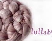 LULLABY - blended roving - Merino - Tussah silk - 100g/3.5oz - pink - mushroom