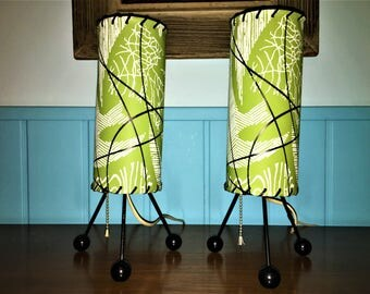 RARE Atomic CYLINDER LAMPS tripod legs lime green abstract 1950