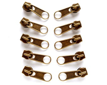 10 Antique Bronze Zipper Pulls - 30-16