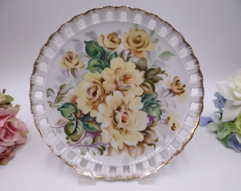 1950s Vintage Yellow Rose Reticulated Lattice Hanging Plate