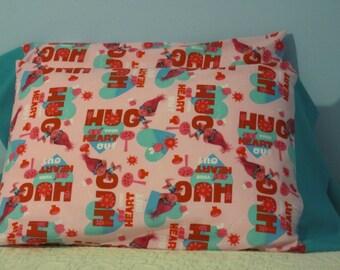 TROLLS/Hug Your Heart Out pillowcase
