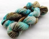 Handpainted Sock Yarn, 75 Wool  superwash, 25 Nylon 100g 3.5 oz.  Nr. 372