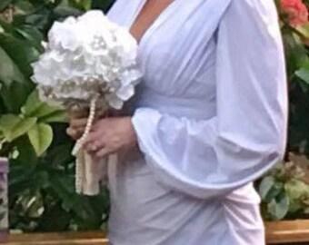 DEPOSIT | Brooch Bouquet | Petaled Brooch Bouquet | Custom Bridal Bouquet | Keepsake Alternative Wedding Bouquet | Pearl Brooch Bouquet
