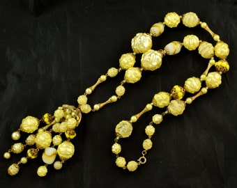 Long Unusual 1960s Tassel Necklace Hollow Yellow Beads ~ Lot 904