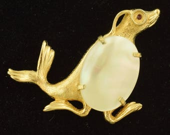 Signed Marvella Monocle Wearing Seal Brooch Figural Mother of Pearl ~ Lot 1382