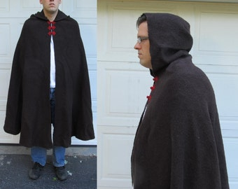 Mens vintage wool cape with red closure, heavy brown hooded wool cape, medieval cape, Lord of the Rings
