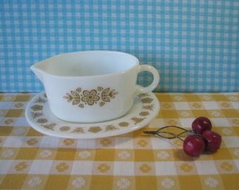 Pyrex Butterfly Gold Gravy Boat -Drip Plate - # 77B  77U- Pristine - Flowers - Gravy Server - Mid Century Vintage 1970's