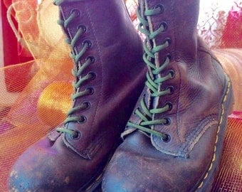 Vintage (Made in England) Doc Marten Boots, Size 4US Men 5US Women