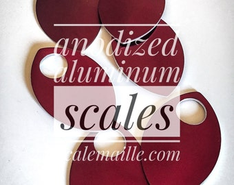 100 large anodized aluminum of scales (red)