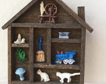 "Dollhouse Miniature Wall House 1"" Scale (JV)"