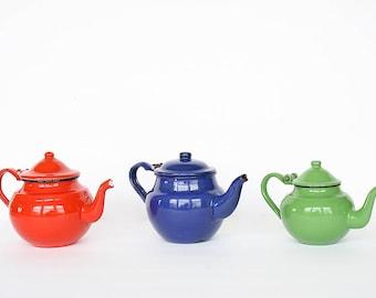 Vintage Enamel Tea Kettles - Vintage Enamel Teapots - Vintage Teapot Collection - Country Kitchen Decor - Vintage Farmhouse Kitchen Decor