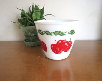 Vintage 1950s Hazel Atlas Apples Mixing Bowl