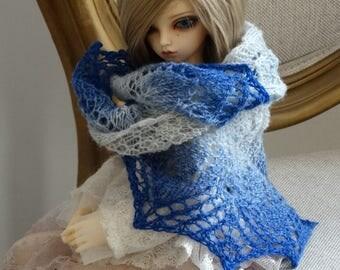 knitted white-blue lace dollfie shawl, SD/MSD, BJD by szoszonka